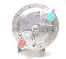 Bosch Aquastar 125HX Gas Valve NG - LOC 3675 - 8707011917 - Non-returnable